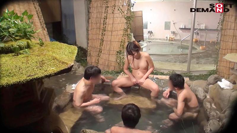 素股に挑戦!まいさん(22)推定Eカップ タオル一枚 男湯入ってみませんか? 画像6