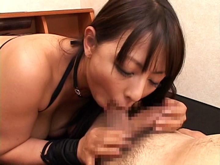 村上涼子があなたのお宅におじゃまして 男の潮吹かせます! 画像18