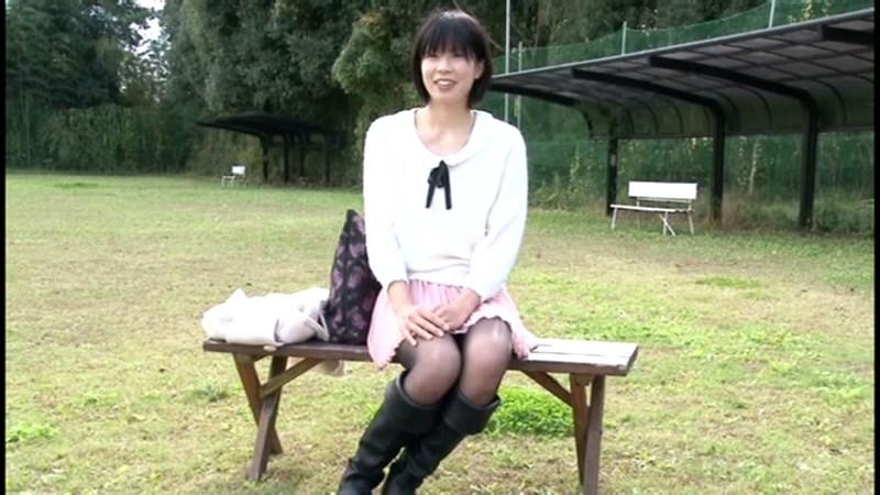 長身181cm 恥ずかしいくらい大きなカラダ バレーボールに汗を流す純情アスリート女子大生 青山沙希 画像1