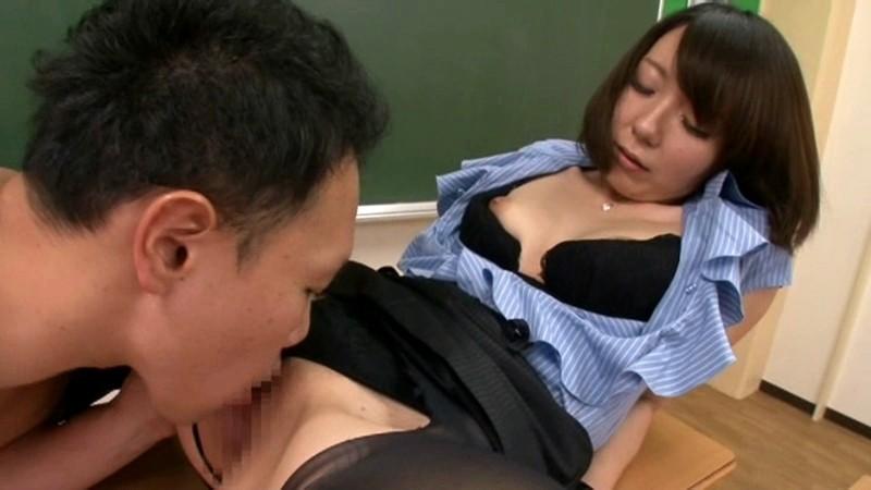 男子生徒とセックスして懲戒免職!!お騒がせ元中学校女教師AVデビュー 若林美奈(仮名)先生 28歳 の画像17