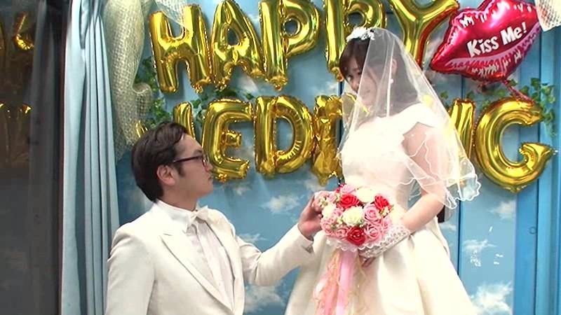 マジックミラー号×ジューンブライド花嫁NTR 結婚式をあげた直後でまだウエディングドレス姿の花嫁を新郎よりも早く寝取って孕ませ中出し 11枚目