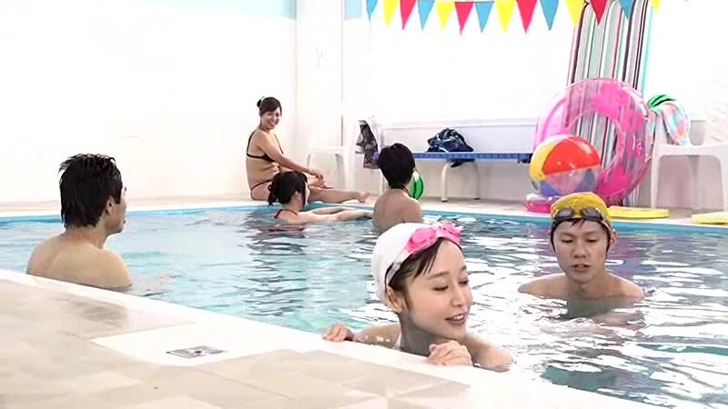 母親と息子が水中でこっそり近親相姦ゲームサンプルF4