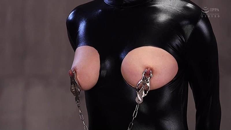 全裸と奴●拘束具姿のギャップ2