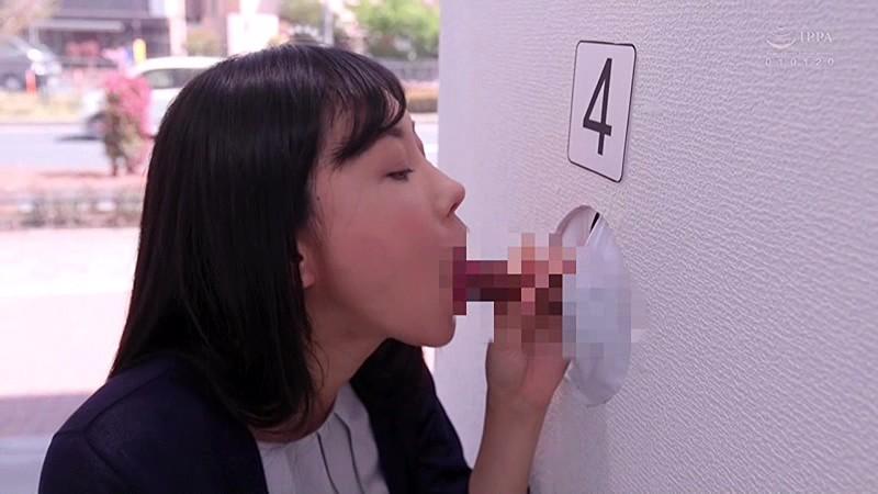 マジックミラー壁チ○ポ号3 シコってしゃぶって!新妻なら夫チン当ててみてゲーム 3枚目