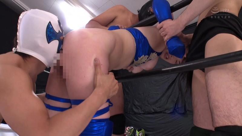巨乳女子プロレスラー珠莉 痛恨の危険日直撃!連姦中出しデスマッチ!! 1枚目