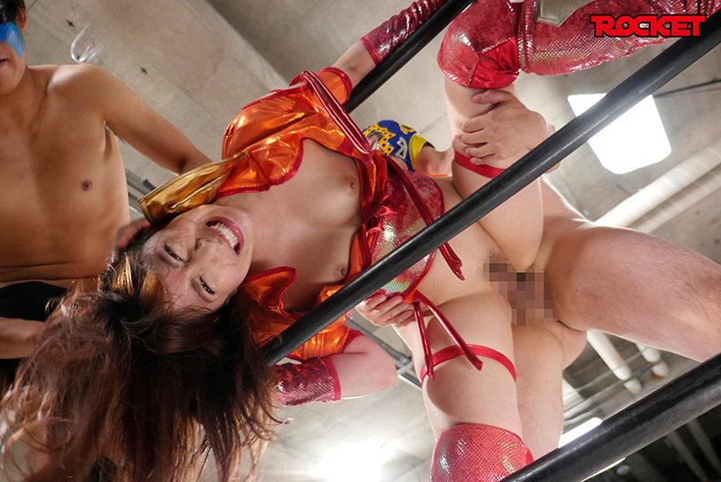 巨尻女子プロレスラー茉実耶 痛恨の危険日直撃!連姦中出しデスマッチ!! 13