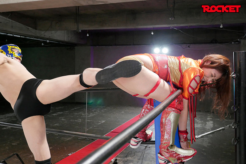 巨尻女子プロレスラー茉実耶 痛恨の危険日直撃!連姦中出しデスマッチ!! 6