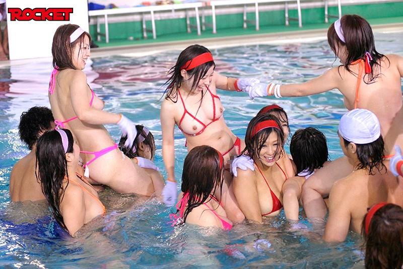 マイクロビキニでドキッ!巨乳20人!水泳大会10時間2枚組総集編12
