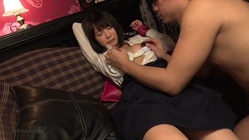 【巨根】ロリで貧乳のJK美少女、戸田真琴の騎乗位拘束無料エロ動画!【戸田真琴動画】