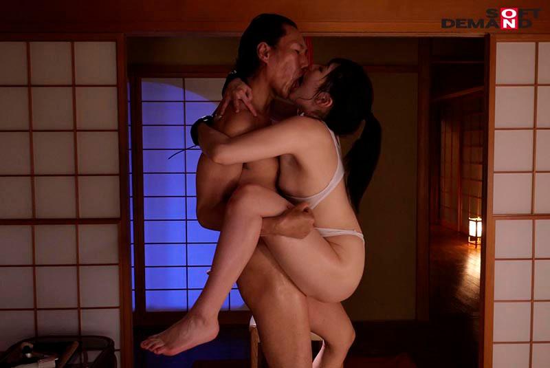 真夏に中年オヤジと、濃密液狂い接吻交尾。 武田エレナ 16枚目