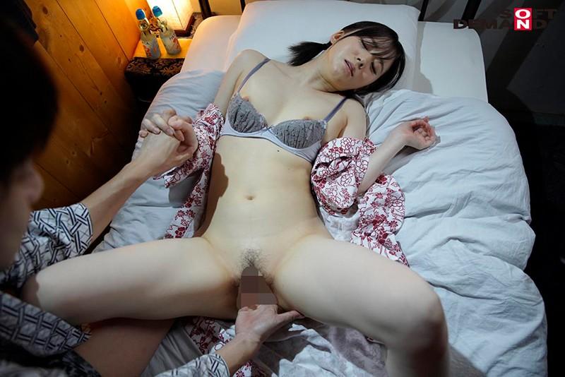 一日限りの青春逃避行 真っ白肌の美少女が、性欲のままにごっくん/青姦/全力セックスして、全身で快感を求めた夏の日 佐藤ちか 画像16