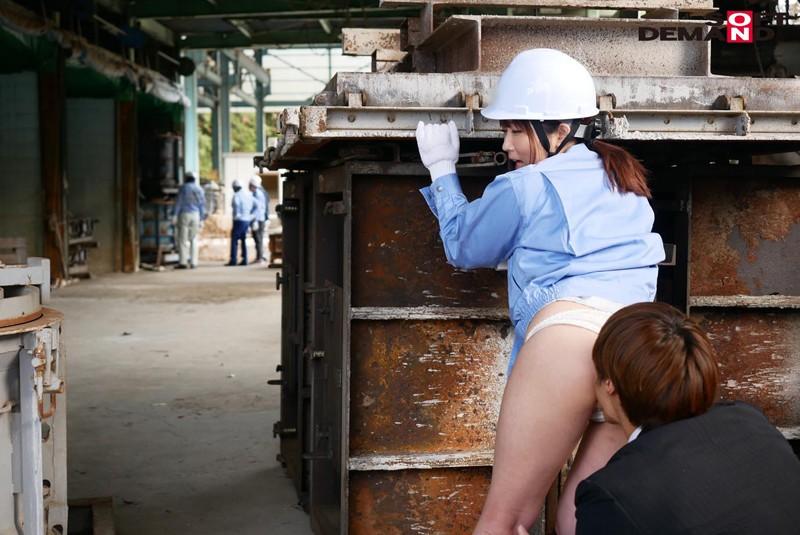 男まさりの工業系女子 西條いつき SEXの味が忘れられず、仕事中に作業着姿でAV再出演 5枚目