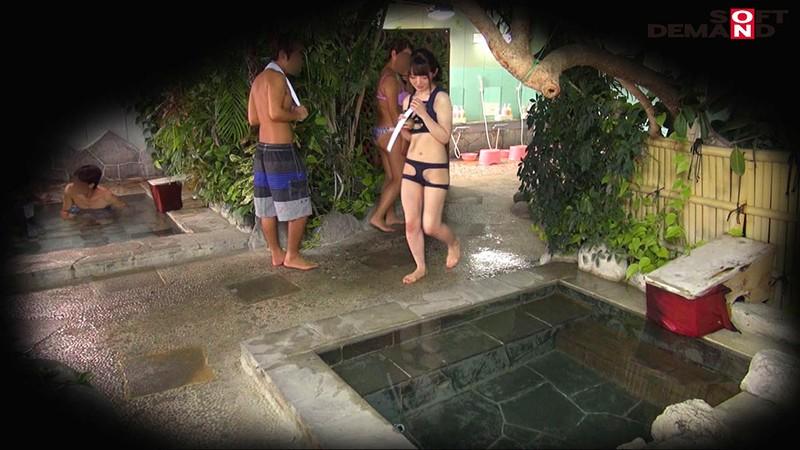 房総半島の温泉リゾート地で見つけた未成年美少女限定 裸よりも恥ずかしいハレンチ水着で混浴入ってみませんか? 全員10代&Eカップ以上!人気企画復活SP 11枚目