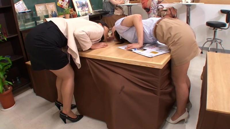 壁!机!椅子!から飛び出る生チ○ポが人気のお店 「喫茶しゃぶりながら」・・・さらにハメながら 画像19