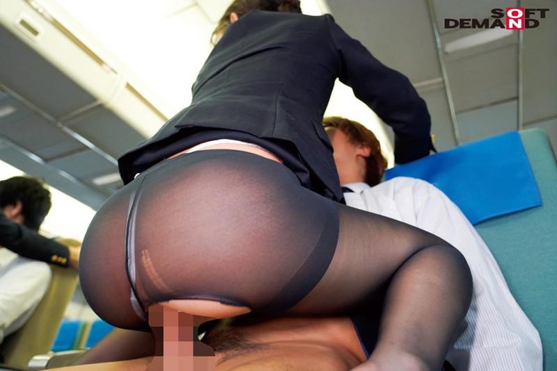 「制服・下着・全裸」でおもてなし またがりオマ○コ航空 10 豪華CA揃い 特別リクエスト企画+総集編 280分スペシャル便! 画像6
