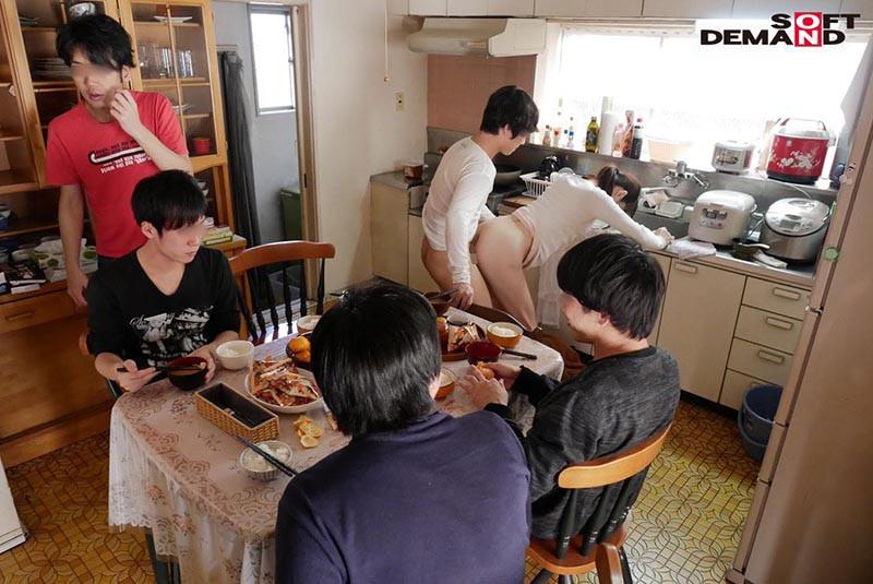 【大人気!】炊事・洗濯・性欲処理7組の大...