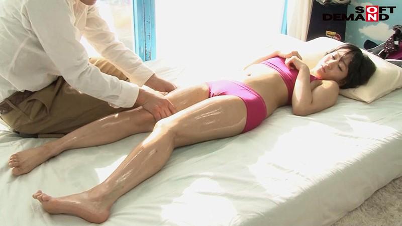 「カップル限定」マジックミラー号の中で、自慢の彼女を「寝とって」真正中出し! アイコさん(24)病院受付 画像6