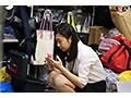 腕まくりがトレードマークで笑顔No.1のSOD女子社員 総務部入社1年目 奥原莉乃 実は超絶AV男優に興味津々な彼女の撮れたて映像を勝手に発売!!