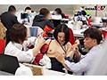 SOD女子社員 中途入社宣伝部2年目 綾瀬麻衣子 47歳 薄型コンドームの強度検証で業務中にゴムが破ける程に腰砕け超ピストン!会社フロアに撒き散らす大量ハメ潮吹き!!