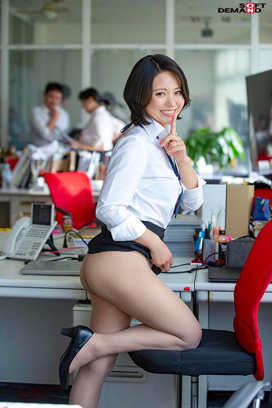 SDJS-055 Studio SOD Create - SOD Female Employees This Inter-Office Couple Is Secretly Hunting For Creampie Sex With The Young Male Employees And Getting Reverse NTR Pleasure A Mid-Career Hire In The Marketing Department In Her 3rd Year Maiko Ayase 47 Years Old big image 3