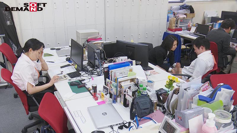 SDJS-055 Studio SOD Create - SOD Female Employees This Inter-Office Couple Is Secretly Hunting For Creampie Sex With The Young Male Employees And Getting Reverse NTR Pleasure A Mid-Career Hire In The Marketing Department In Her 3rd Year Maiko Ayase 47 Years Old big image 6