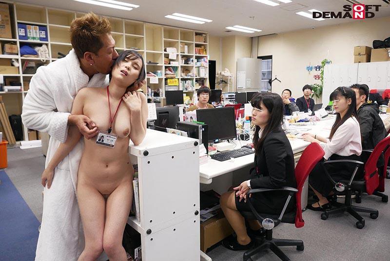 1週間全裸業務で羞恥心を克服!一回りも二回りも成長した浅井心晴の公開羞恥SEX 14枚目