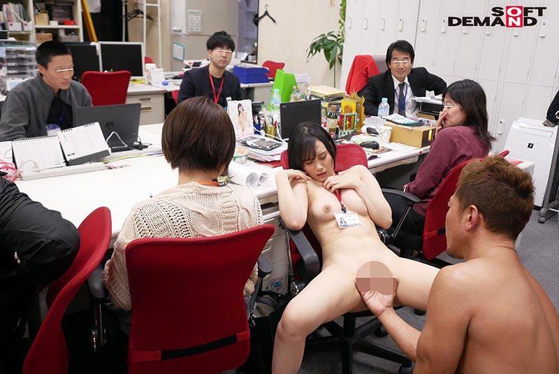 1週間全裸業務で羞恥心を克服!一回りも二回りも成長した浅井心晴の公開羞恥SEX 16枚目