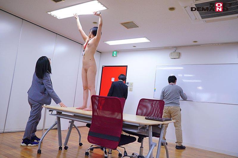1週間全裸業務で羞恥心を克服!一回りも二回りも成長した浅井心晴の公開羞恥SEX 7枚目
