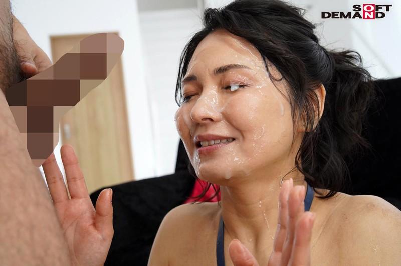 88発 熟ぶっかけ解禁 素人男性超特濃本物ザーメン 綾瀬麻衣子 47歳 キャプチャー画像 4枚目