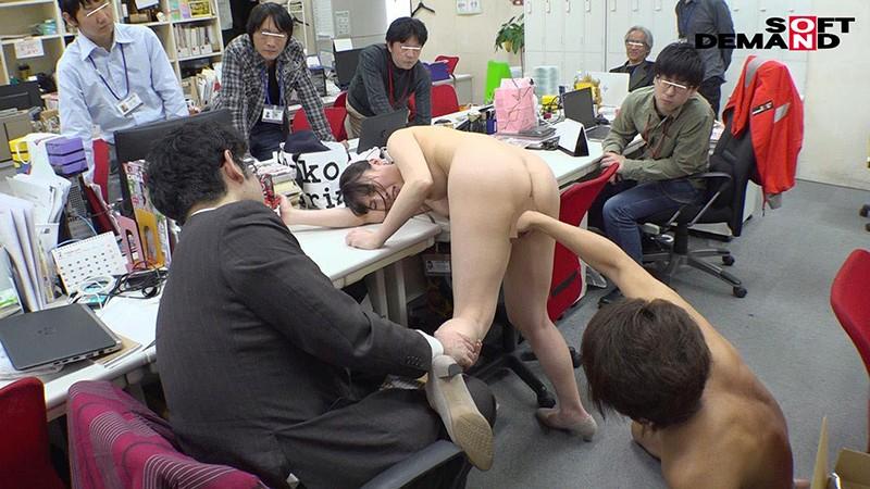 1週間全裸業務で羞恥心を克服!一回りも二回りも成長した吉岡明日海の公開羞恥SEX 16枚目