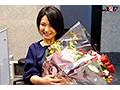 [SDJS-10] SOD女子社員 綾瀬麻衣子48歳 SOD退社記念 合計33発!人生で最大の大量中出し解禁 社内外で大人気の本物人妻社員が本物ファンを含めた25名の男たちに種付けされてイキ狂った集大成
