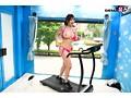 マジックミラー号でおっぱいランニング 運動直後の女性はエロくなるって本当!?巨乳娘がおっぱい揺らして全力疾走!疲れさせて極限まで感度のあがった状態でマッサージをしたらSEXできちゃうのか!?