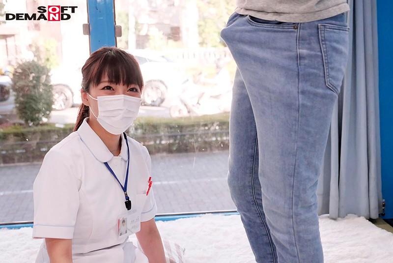 マジックミラー号 看護師限定 「絶倫ち○ぽ診察してくれませんか?」勃起が収まらなくて困っている男性をあの手この手で優しく導く白衣の天使たち2 2枚目