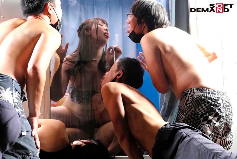 真夏の逆転マジックミラー号「 海水浴中の素人ビキニ娘の大胆SEXをナマで見たくないですか?」美巨乳限定ナンパGETスペシャル!!変態男達の前で見られているとは知らずに大胆ナマSEXを披露! パート68