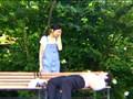 【ガチ盗撮】公園でサラーリマンに性行為を提供して生活費を稼ぐ『ホームレス女子中●生』を激写!(0)