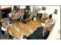<絵画教室>で女性美術部員が一人ずつ平気な顔して、裸にな...sample6