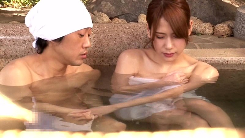 【人妻】スレンダー淫乱でHな巨乳の人妻若妻の、寝取られプレイが、男湯にて…。エロい体してます!【エロ動画】