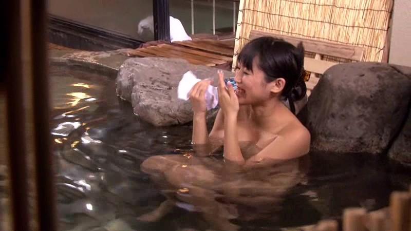 石和温泉で見つけた卒業旅行中の女子大生の皆さん タオル一枚男湯入ってみませんか? 画像13