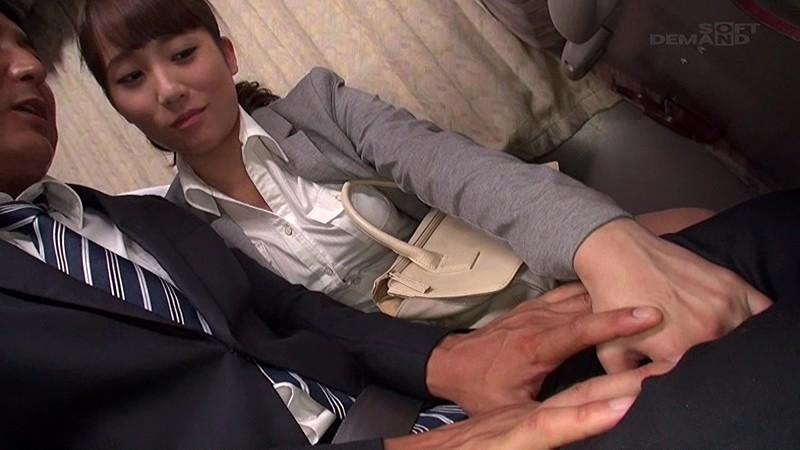 長距離バスで隣に座った綺麗な女性が不幸せそうな男に欲情してチ○ポをむさぼってくる…〜夢の人生大逆転バス!声は出せないけど精子は出す!〜 画像10