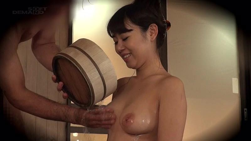 男湯にて、スレンダースケベな巨乳のJDの、昇天無料動画!【JD動画】