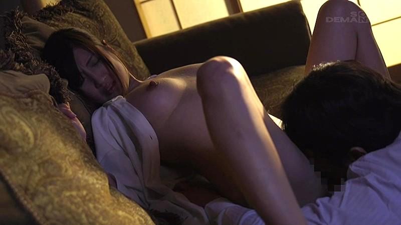SODロマンス×本物人妻レーベル もう一度、女として私を見て… 〜快楽を求める人妻の不貞淫欲物語〜 榎本美咲 9枚目