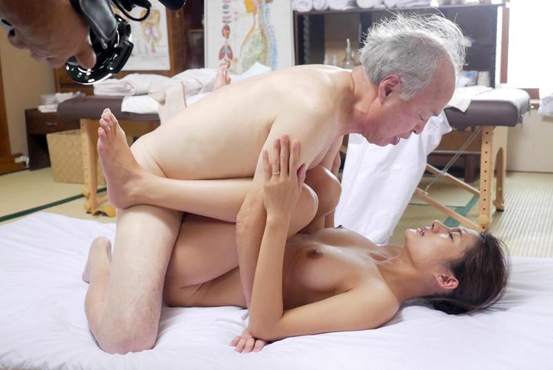 (アール)R68 男68歳にして華やぐ この若さある限り 一生青春 滝本エレナ 10枚目