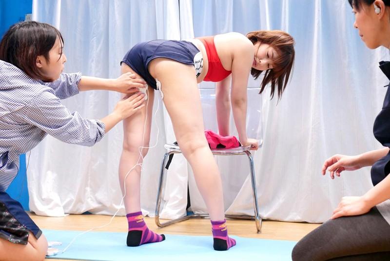 マジックミラー号 「スポーツ女子は締りが良い!?」腹筋陸上部女子が膣圧測定!キツキツマ○コはチ○ポを受け入れ真正中出し吸引発射!! 画像18