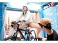 <アクメ自転車>清楚系若妻が細工されたママチャリに乗車♡あり得ないほど潮を撒き散らして他人棒に犯されちゃう人気企画(5)