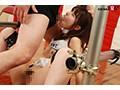 彼女の股間は他人棒まで1cm!ガニ股ヒクヒクおチ○ポ空気椅子 ...sample5