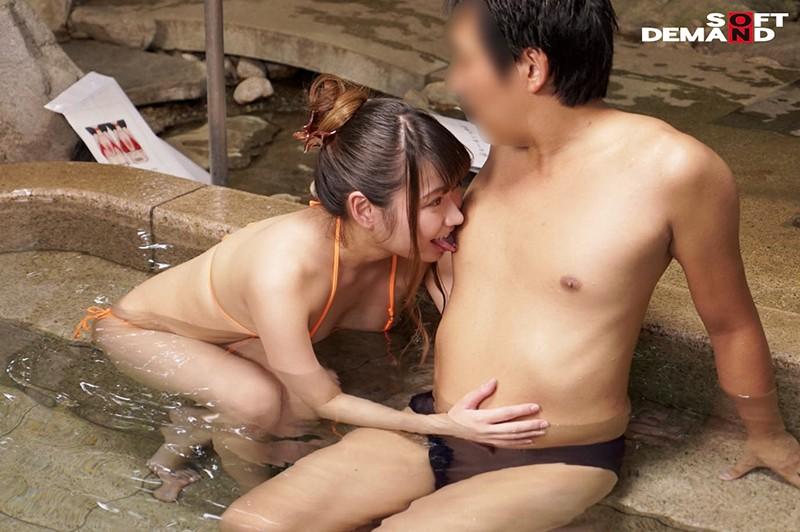 温泉街で見つけた初対面の男女が「裸よりも恥ずかしい水着で混浴体験!!」きわどい相互マッサージをやらされ気分が高まる即席ペアは理性を保てるのか?! キャプチャー画像 6枚目