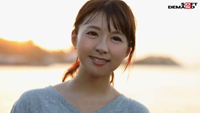 若き日の潮風の匂いが蘇る。小6の息子を持つ湘南のGカップ若ママ。 優木なお 34歳 AV DEBUT