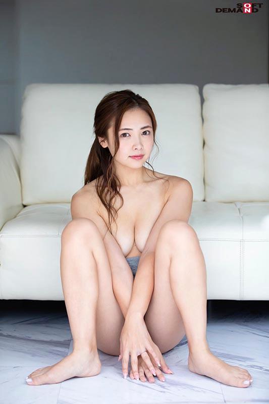 美人過ぎる2児のママのご近所には見せられないエロ本性 飯山香織 32歳