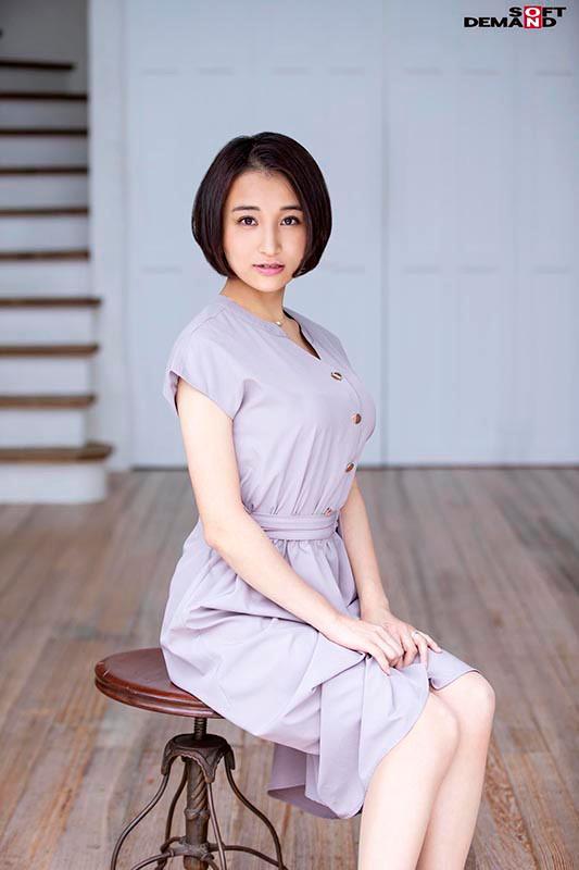 本物人妻レーベル史上最高のFカップ柔餅おっぱい 片瀬千紗 30歳 AV DEBUT