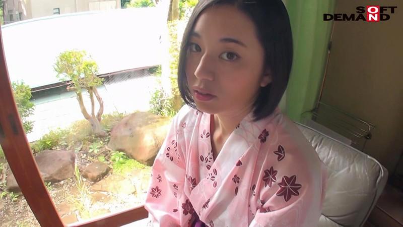 南アルプスの湧き水よりも澄み切った120%天然素材の美人妻 平井栞奈 34歳 最終章 「今日で最後にします」一泊二日温泉旅行で夫にもされたことのない人生初の生中出し 14枚目